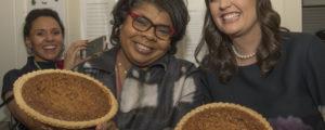 huckabee sanders pies