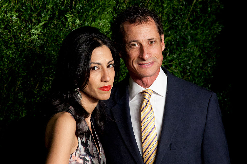 [VIDEO] Huma Abedin Files For Divorce From Anthony Weiner